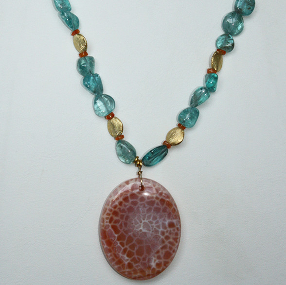Apetite, carnelian necklace